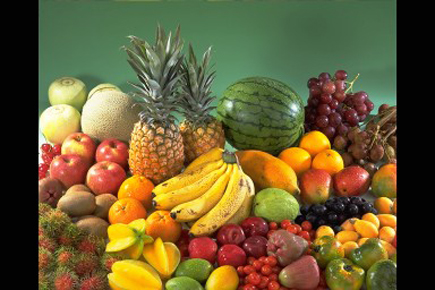 Fruits are a good source of calcium, iron, potassium and selenium